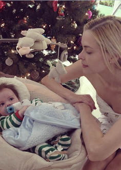 Jaime King Little Giraffe