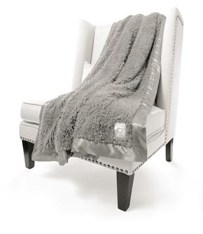 Bella™ Plush Throw