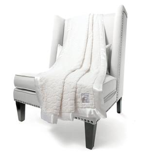 Luxe Embossed Giraffe™ Throw
