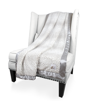 Luxe™ Snow Leopard Throw